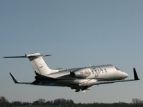 Learjet 40XR take-off