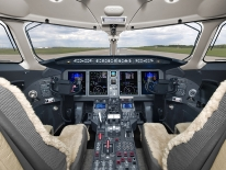 2008/09 Bombardier Challenger 300 - cockpit